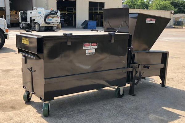 Trash Compactor - Solid Waste / Recycling